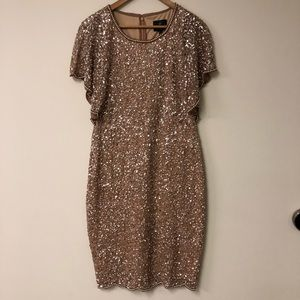 Adrianna Papell Beaded Dress Scalloped Gold new